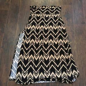 NWOT Black and Tan Eye Candy maxi skirt